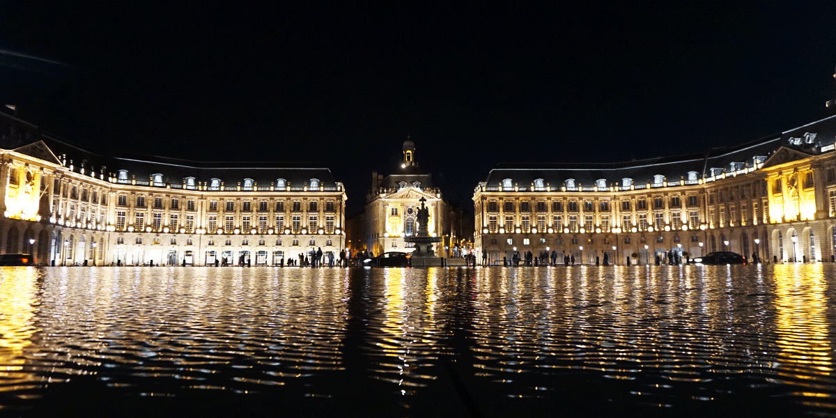 Bordeaux City Guide Miroir d'Eau Miss Malvina 8
